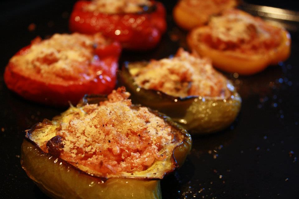 Ricetta per peperoni ripieni al forno vegani verovegan - Forno a microonde piccolissimo ...