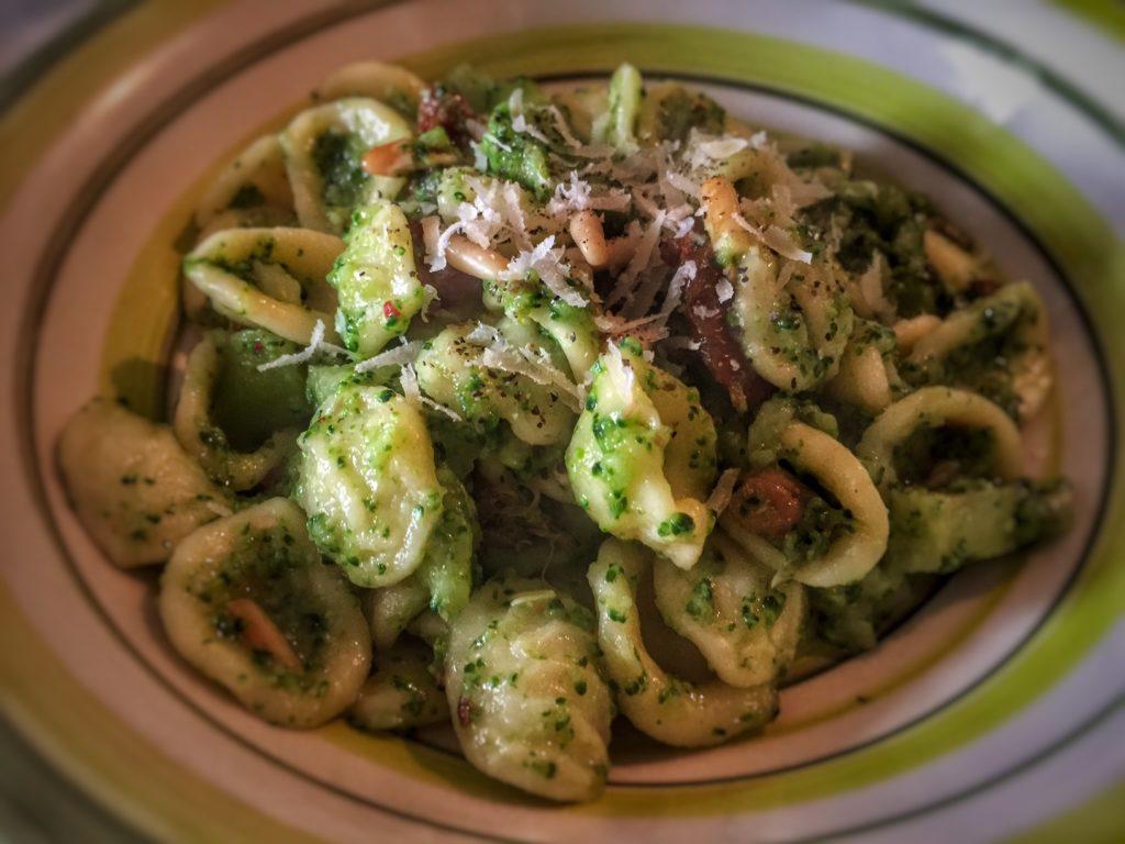 Orecchiette con broccoli alla Siciliana